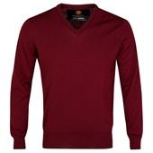 Bordeaux Merino V Neck Jumper €108 http://store.manutd.com/stores/manutd/products/product_details.aspx?pid=152079&cid=1806