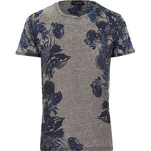 http://eu.riverisland.com/men/t-shirts--vests/print-t-shirts/Grey-floral-print-t-shirt-286147