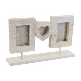 http://www.heatonsstores.com/home-living/living/frames/lace-effect-frame-9715640
