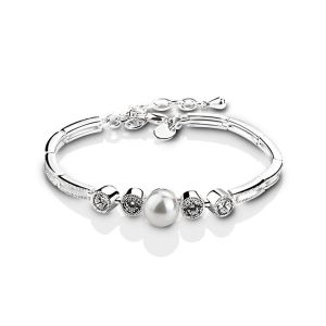 http://www.newbridgesilverware.com/occasions/gifts+for+her/grace+kelly+jewellery/item/VGK446/